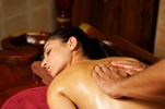 Moringa's Finest - Aromatherapie und Massage - Moringa Oleifera